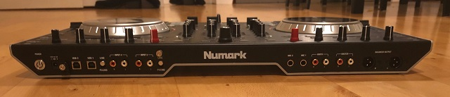 Numark NS6II Back